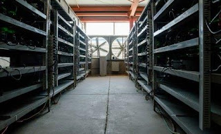Семь зданий содержат 21 000 устройств, которые в целом составляют порядка 4% всей вычислительной мощности биткоин-сети