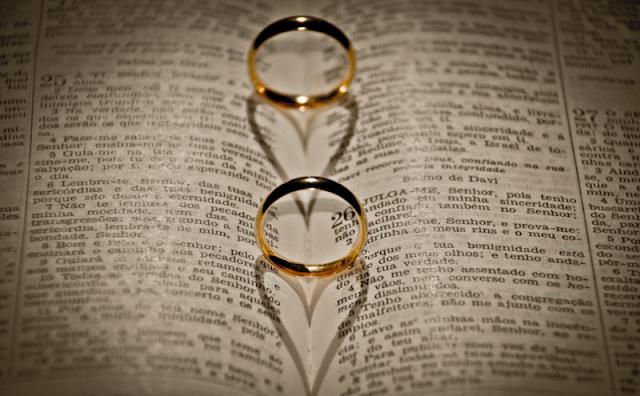Saiba quais são os documentos exigidos para que casar na igreja católica