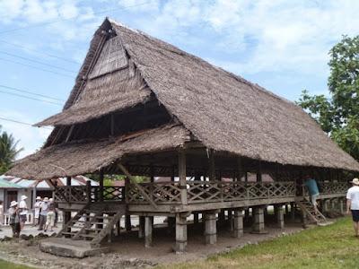 Rumah Adat  Baileo , Rumah Adat Maluku