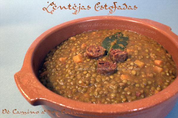 http://www.decaminoamicocina.com/lentejas-estofadas-con-chorizo/