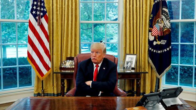 Trump ve 'peligroso' que Twitter y Facebook suspendan cuentas