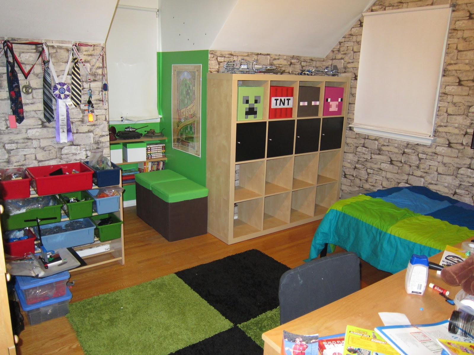 Goldilocks and the Four Bears Brennans Minecraft Bedroom