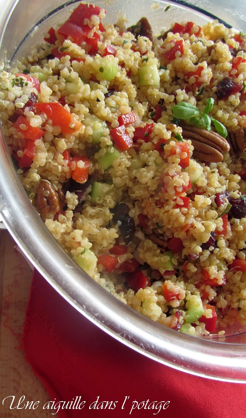 Quinoa salad, cranberries and pecans