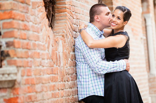 Engagement photography in Venice | Weddings in Venice, lifestyle photography, wedding photography, engagement photographs, honeymoon pictures.