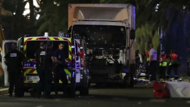 Pengemudi Truk di Nice Sempat Keluarkan Senjata dan Lepas Tembakan Sebelum Ditembak Mati Polisi