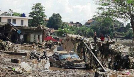 Banjir Bandang Garut: 23 Orang Tewas dan 12 Orang DInyatakan Hilang