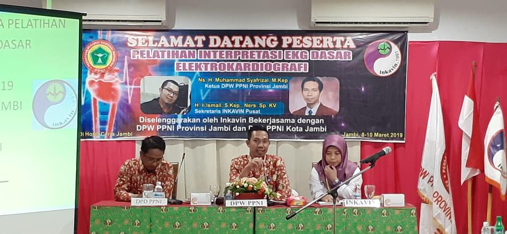 Ketua DPW PPNI Provinsi Jambi Buka Pelatihan Interpretasi EKG Dasar.