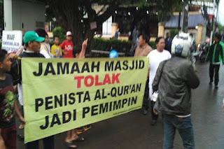 Ahok Blusukan di Pasar Minggu, Warga: Tolak Si Penista Al Quran Jadi Pemimpin