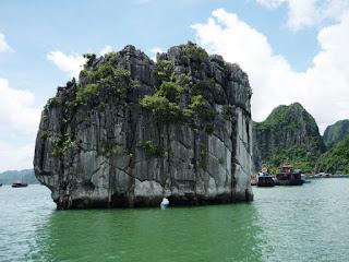 Tour Động Thiên Cung Đảo Ti Tốp