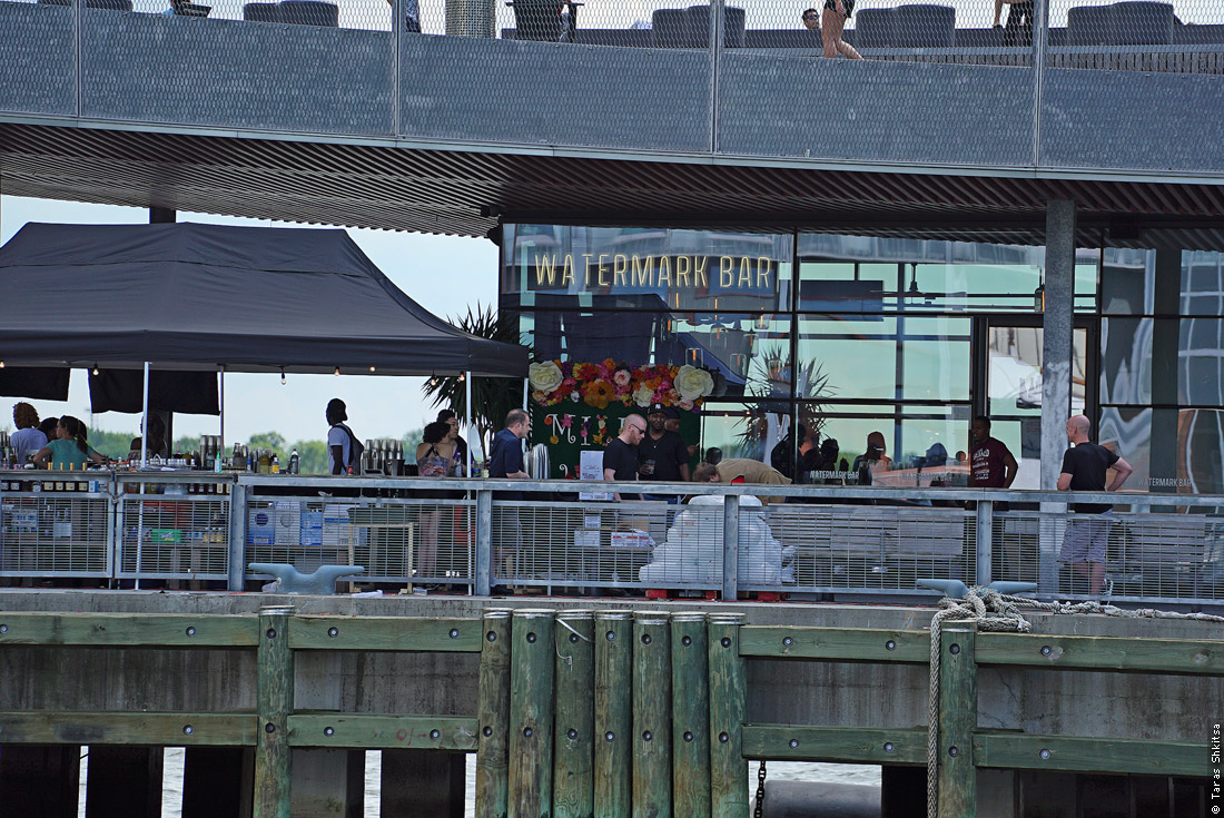 Pier 15, Watermark Bar, Manhattan, New York