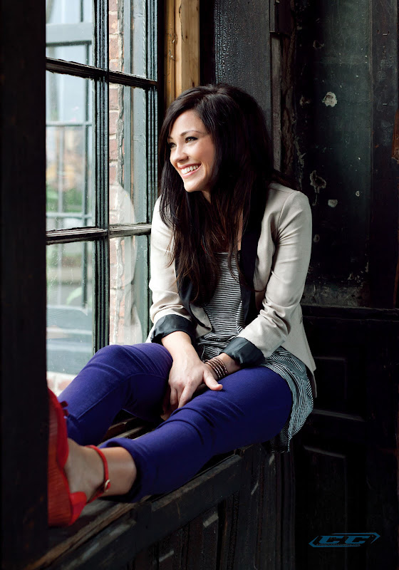 Kari Jobe - Donde Te Encuentro 2012 young girl biography and history