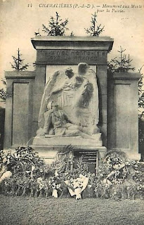 CPA monuments aux Morts du Puy-de-Dôme, Chamalières