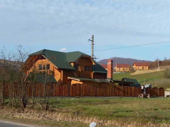 Гірські села Закарпаття. Яківське Готель