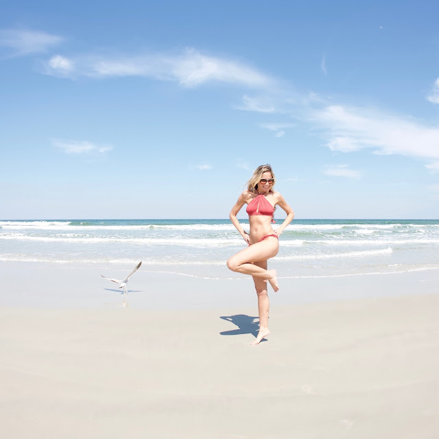 flamingo, seagull, beach, sauipe swim, sauipe swimwear, uniquw, bikini, high neck, twist, oakley, sunglasses, swimwear, inspiration, be yourself, stand out, smile, pink, flamingoes, seagulls, beach life, beyoutiful, quotes, blogger, model, marketing, positivity