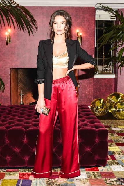 Look do dia da atriz e modelo Emily Ratajkowski