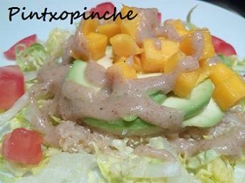 salsa, quinoa, aguacate, mango, fruta, lechuga, ensalada, nueces