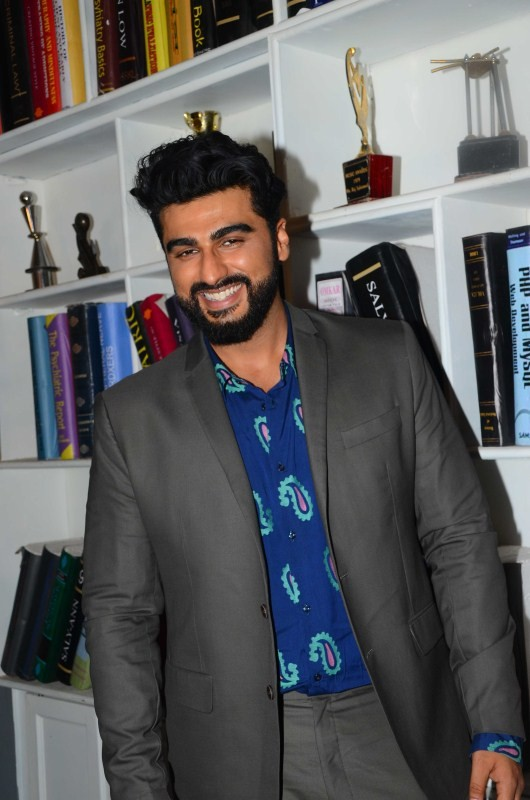 Arjun Kapoor and Shradha Kapoor Promote Half Girlfriend at Filmcity