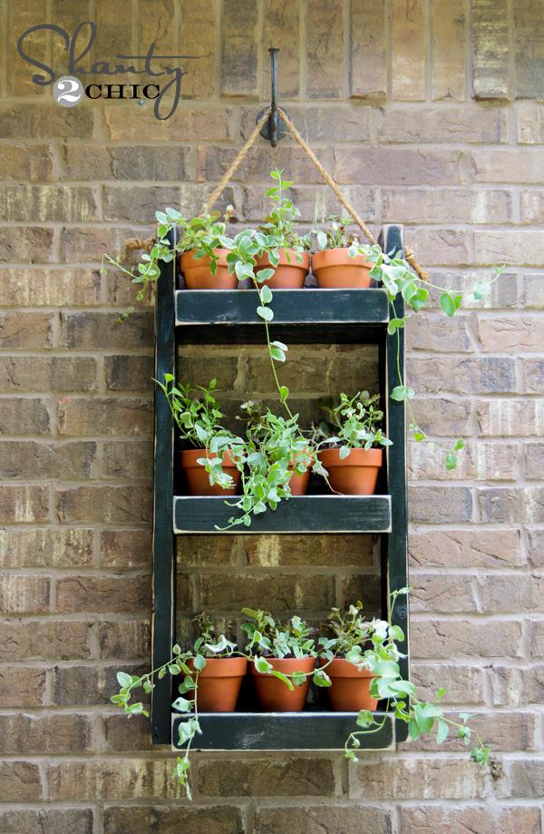 Hanging wood planter