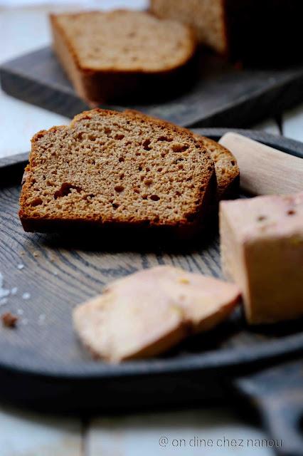pain d'épices , noël , foie gras , poudre d'amande