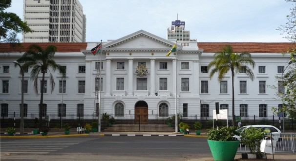 Over 400 City Hall Workers Run Away To Save County Money