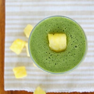 http://www.krisztinaclifton.com/2015/04/frozen-pineapple-kale-smoothie.html