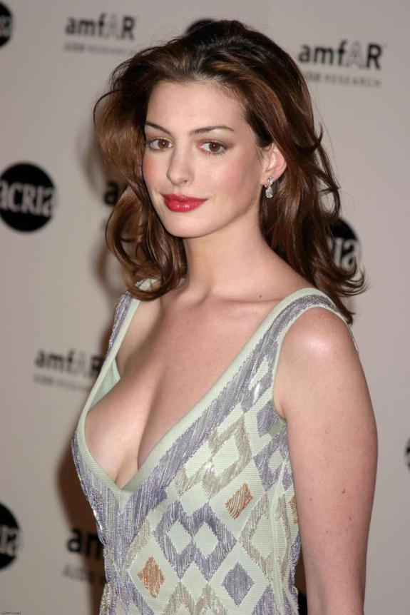 Anne Hathaway Sexy Photos All About Photo