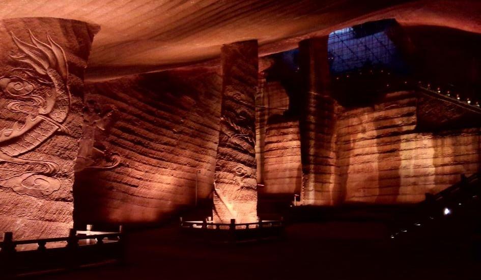 Τα μυστήρια σπήλαια Longyou στην Κίνα (video)
