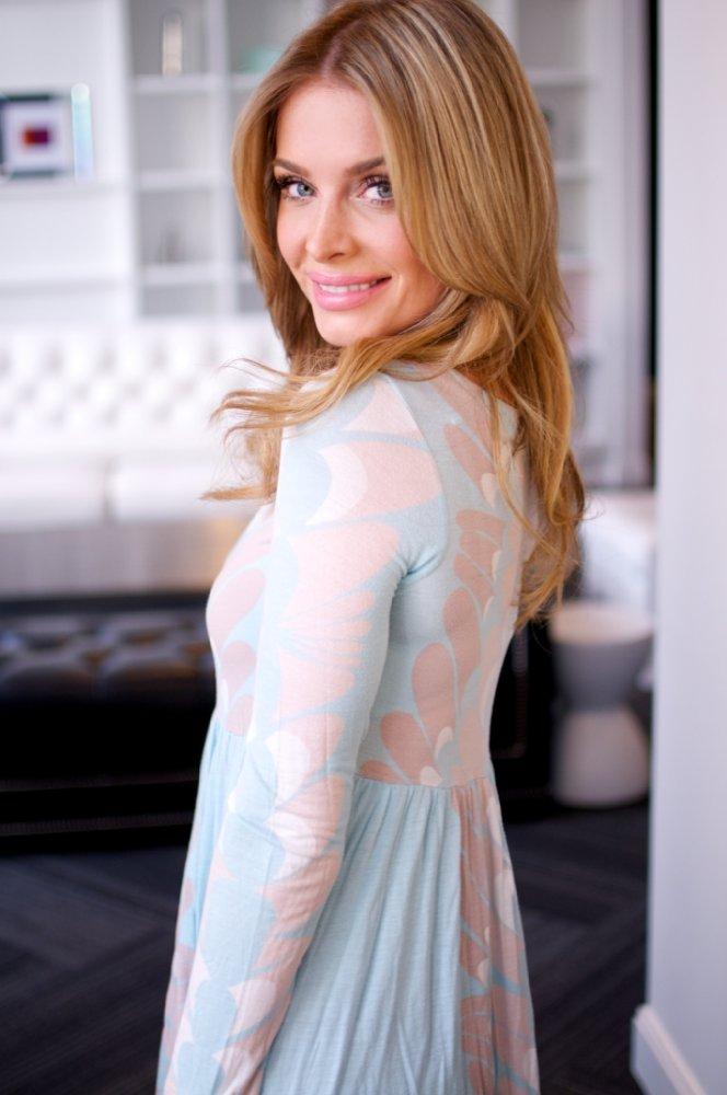 Paulina 'Miel' Chmielecka movies list and roles (Workin