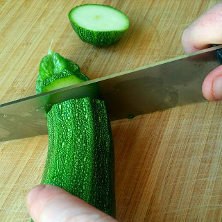 www. growourown.blogspot.com - courgette