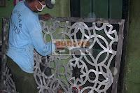 Pembuatan+teralis+masjid+cor+logam+aluminium02