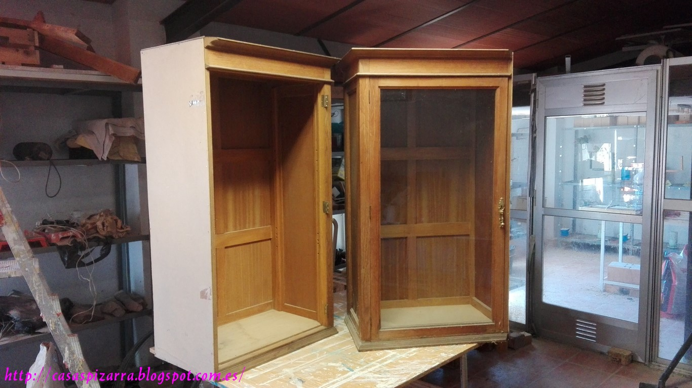 Casas de pizarra vitrinas recuperadas - Vitrinas para casa ...