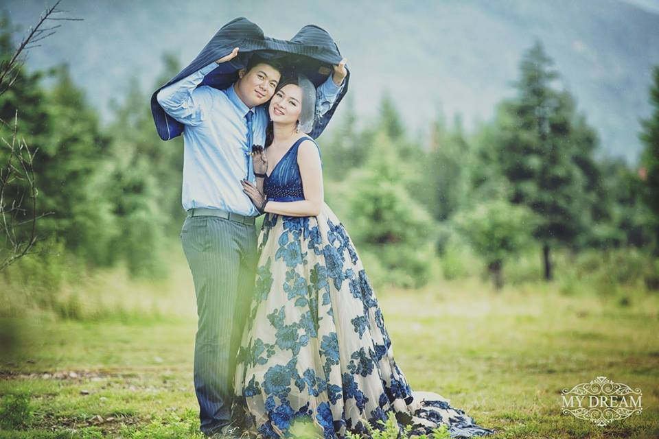 Moe Yu San and Swan Thu Aung Beautiful Pre-Wedding Photoshoot in China