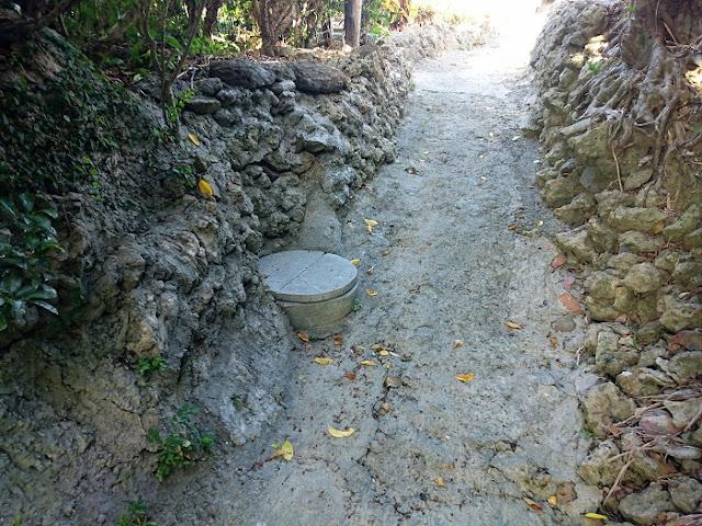 字小禄の井戸跡の写真