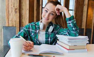 Adalah jurusan yang paling diminati oleh calon mahasiswa saat mengikuti Seleksi Nasional  Jurusan Favorit Tidak Menjamin Kamu Sukses. Benar Nga Sih!?