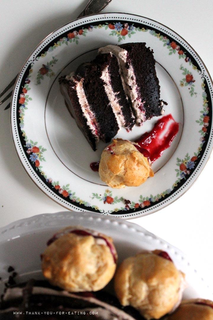 So einfach geht eine Schoko-Himbeer-Torte!