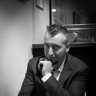 Entrevista al autor de la maniobra de la tortuga, beni Olmo. Palabras en cadena, blog de libros.