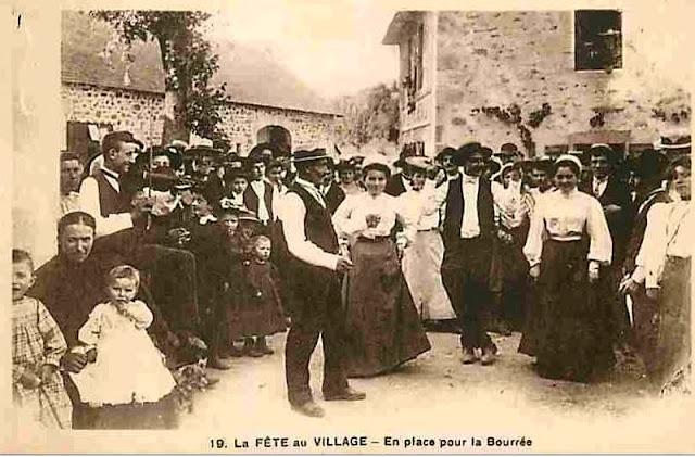 la Fête au Village Auvergnat