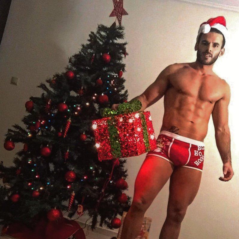 sexy-santa-male-model