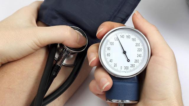 Penyebab Tekanan Darah Rendah dan Cara Mengatasinya