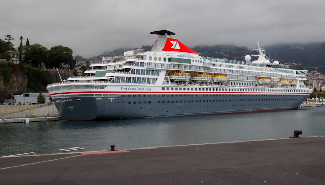 Funchal port allows harmony with the city