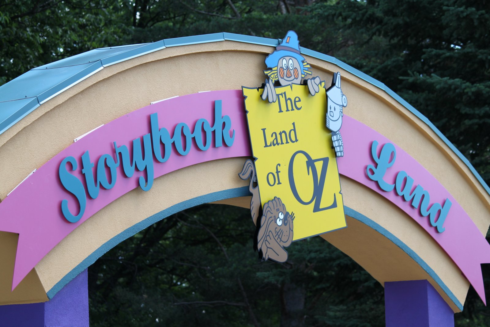 Mommy's Little Peanuts: Storybook Land- Aberdeen, SD