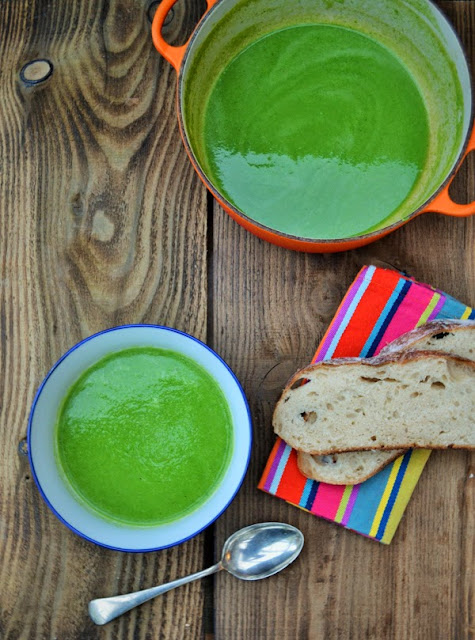 5 Minute Green Smoothie Soup