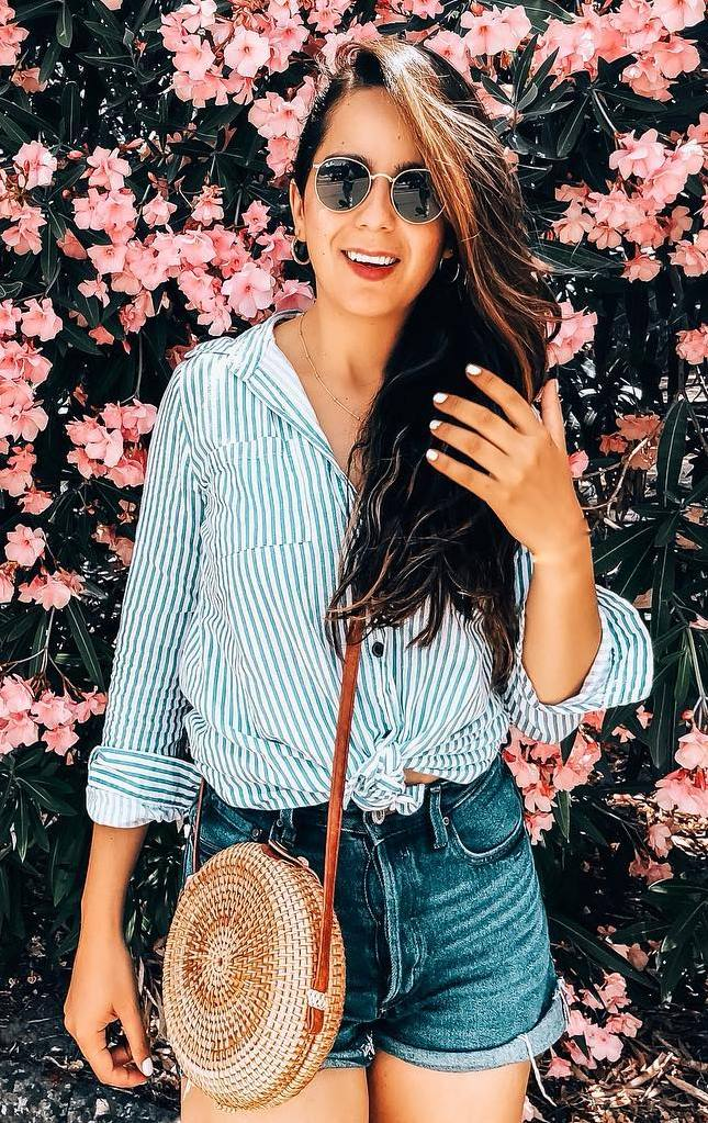 how to wear a round bag : striped shirt and denim shorts