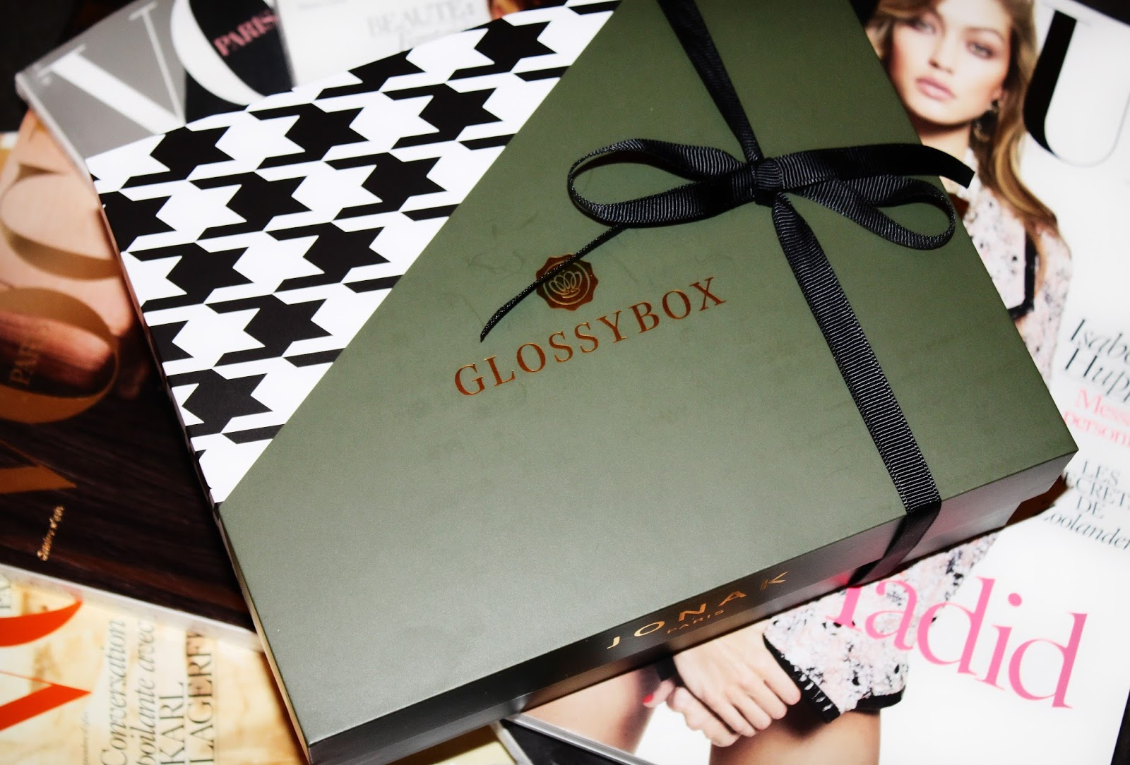 glossybox novembre gold beauté jonak collaboration