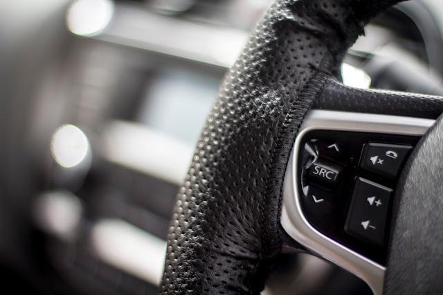 Tata Tiago steering controls