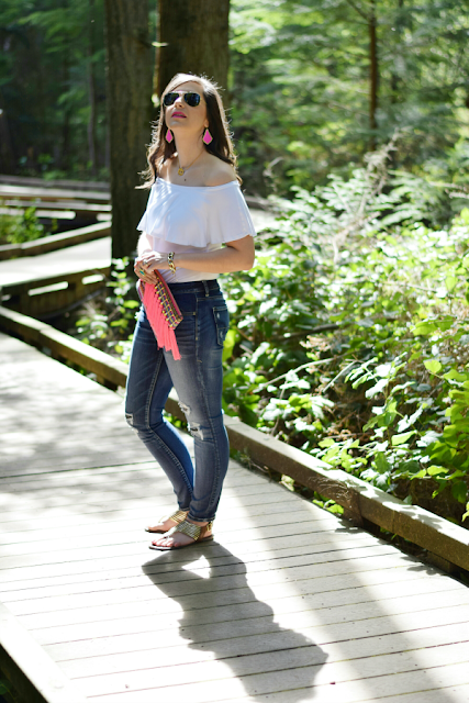 Off-the-shoulder top with casual skinny jeans