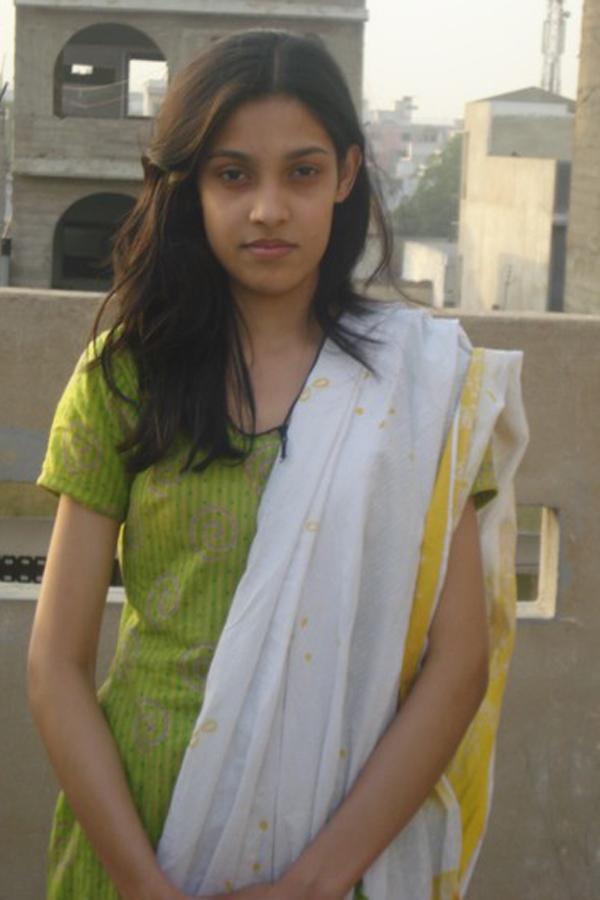 Pakistani Girls  Wallpapers 2011-7467