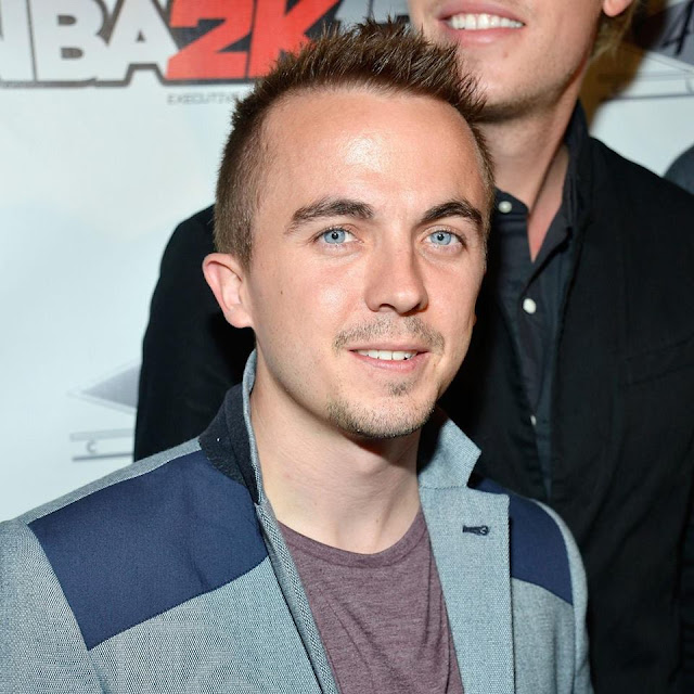 Frankie Muniz age, wife, dead, girlfriend, married, parents, feet, now, death, what happened to,  movies and tv shows, stroke, 2016, band, house, today, racing, actor, jetta, health, disease