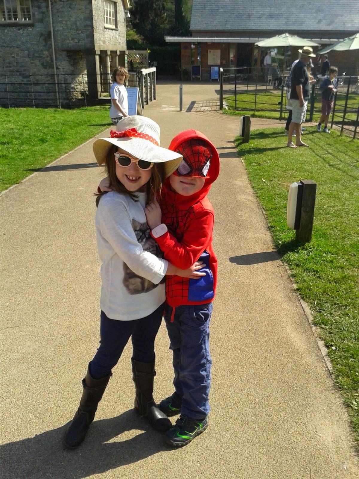 Caitlin & Ieuan at National Trust Dyffryn Gardens