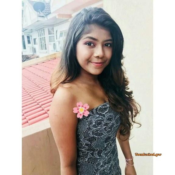 %2528m%253De yaaGqaa%2529%2528mh%253DjLrD1mRJ7c0fOc4M%2529original 373842691 wm - Cute Mexican Indian teen Saree nude selfie 2020